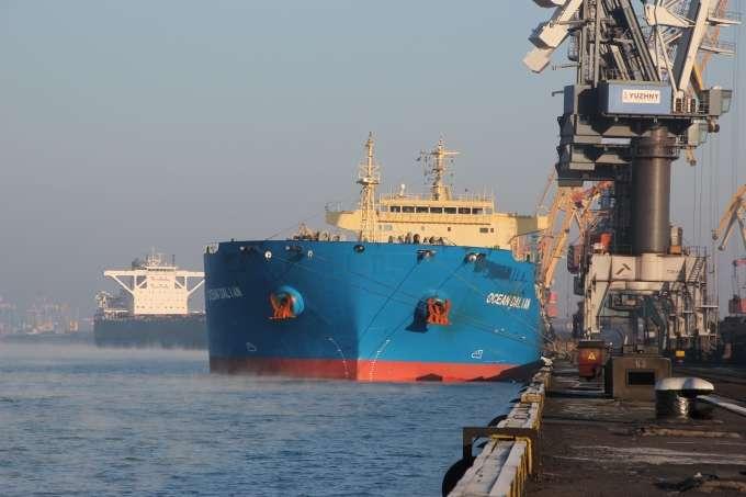 Четверте судно звугіллям зі США для «Центренерго» прибуло доУкраїни