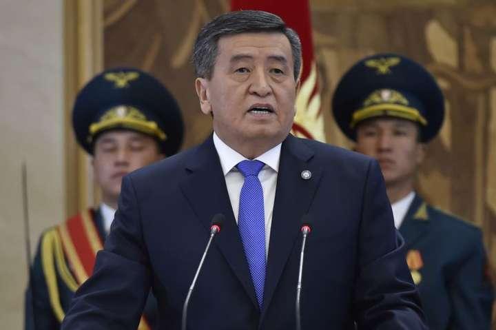 Відбулась інавгурація президента Киргизстану Сооронбая Жеенбекова