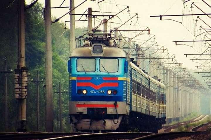 «Укрзалізниця» скасує 10 поїздів, які не користуються популярністю