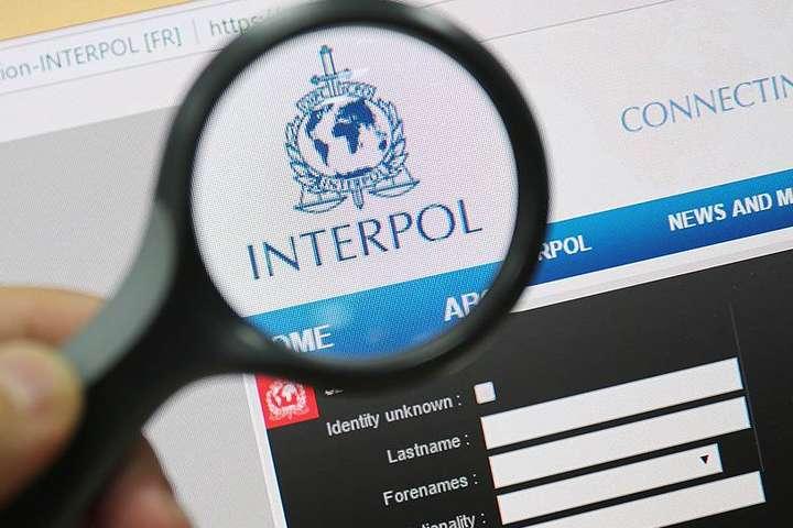 ГПУ: Інтерпол зняв з розшуку більшість з оточення Януковича