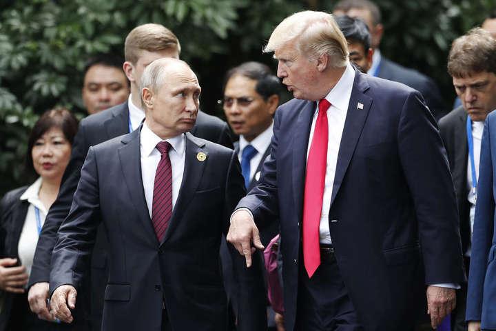 Колишній посол США вРосії розкритикував Трампа зарозмову зПутіним