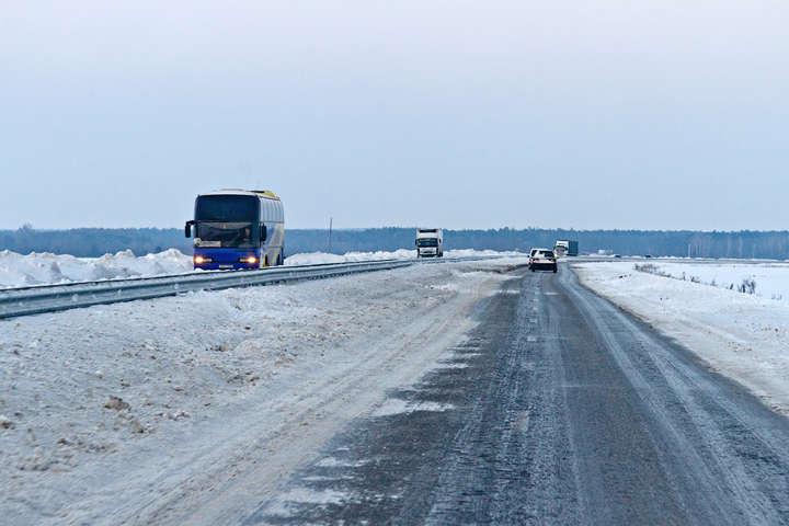 НаЧеркащині ліквідували затори наавтодорозі «Київ— Одеса»