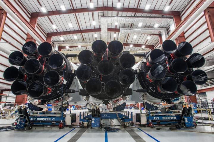 Маск показав, яквиглядає одна знайпотужніших ракет усвіті - Falcon Heavy