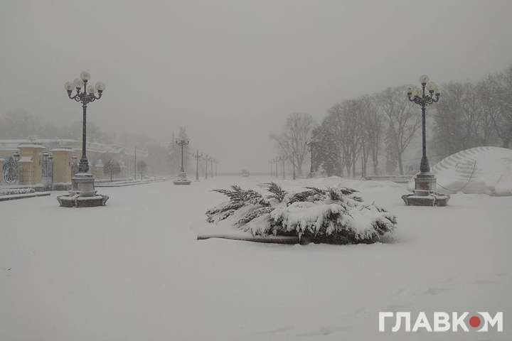 Через негоду майже 3 тис. людей наЛуганщині лишилися без світла