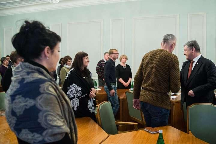 Порошенко наголосив назначенні Мінських угод для звільнення українців зполону
