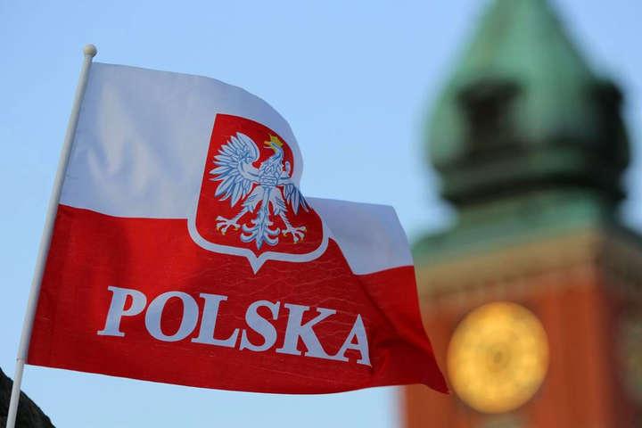 Польща змінює правила працевлаштування для іноземців