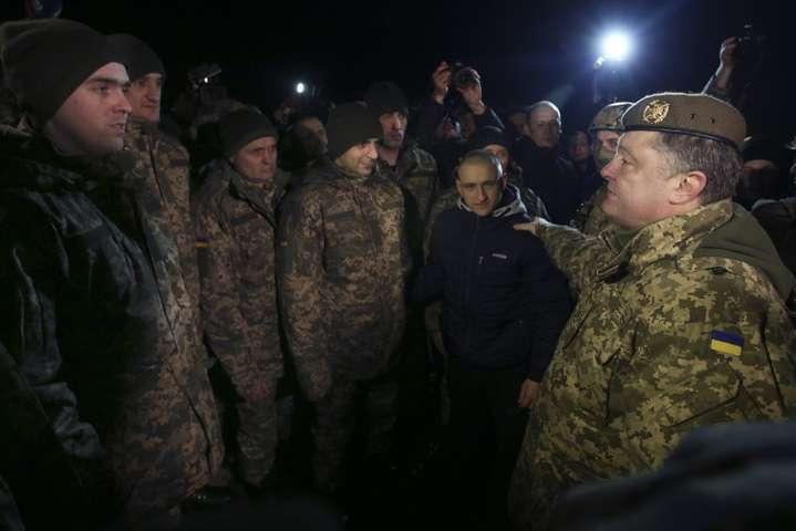 Госпитализированные военные, которых освободили изплена, вудовлетворительном состоянии