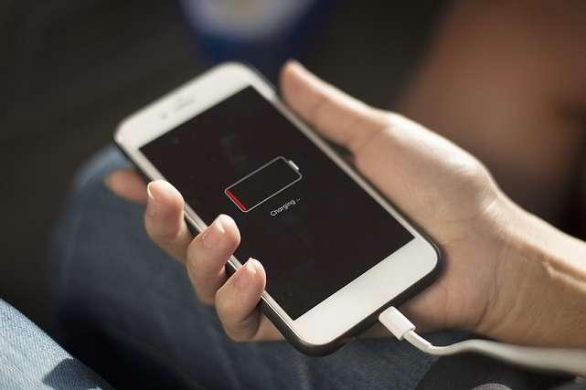Apple вибачилася зауповільнення роботи старих моделей iPhone