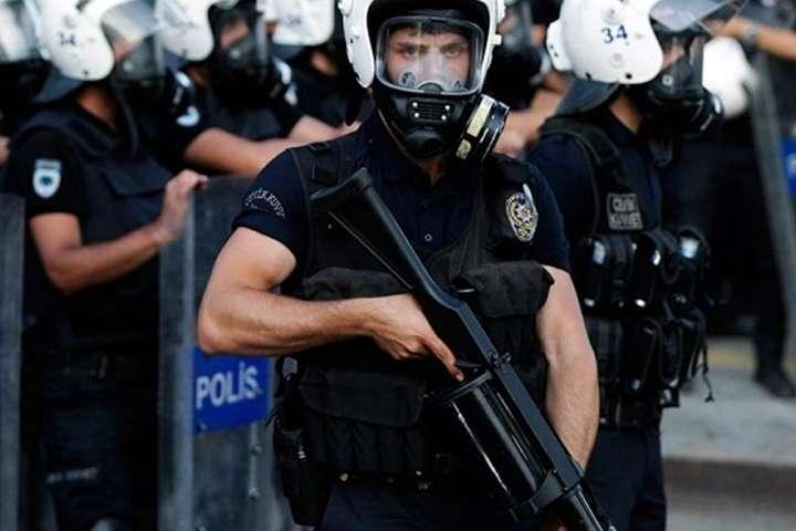Поліція Туреччини затримала 200 підозрюваних у підготовці терактів наНовий рік
