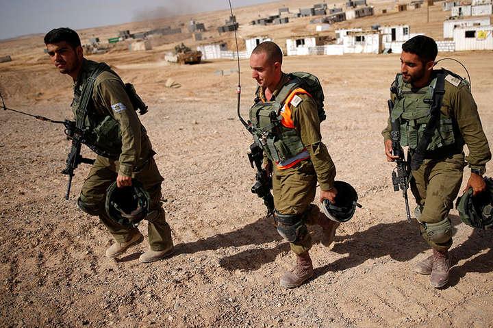 Літак ізраїльських ВПС завдав удару по військовому табору ХАМАС