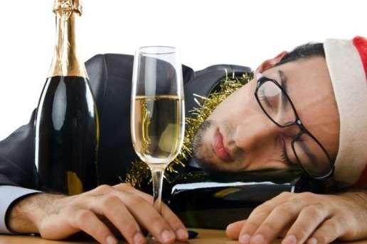 Супрун дала поради, як позбутися похмілля після новорічної ночі