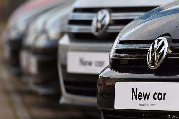 Volkswagen таAdidas відкинули обвинувачення уторгівлі зКримом