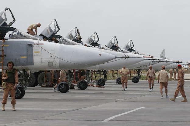 Беспилотник сминами сбили около русской авиабазы вСирии
