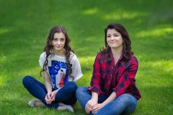 «Только вчера были маленькими»: Порошенко поздравил дочерей ссовершеннолетием