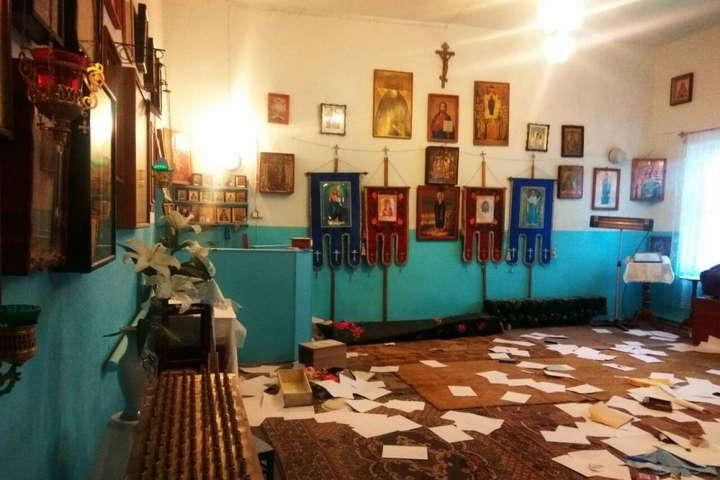НаОдещині пограбували тарозтрощили храм: зламаний вівтар, розкриті скрині для пожертвувань