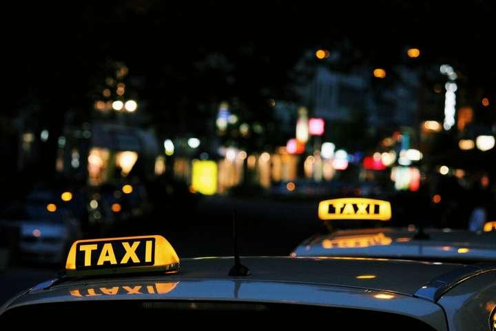 В Черкасской области зарезали таксистку
