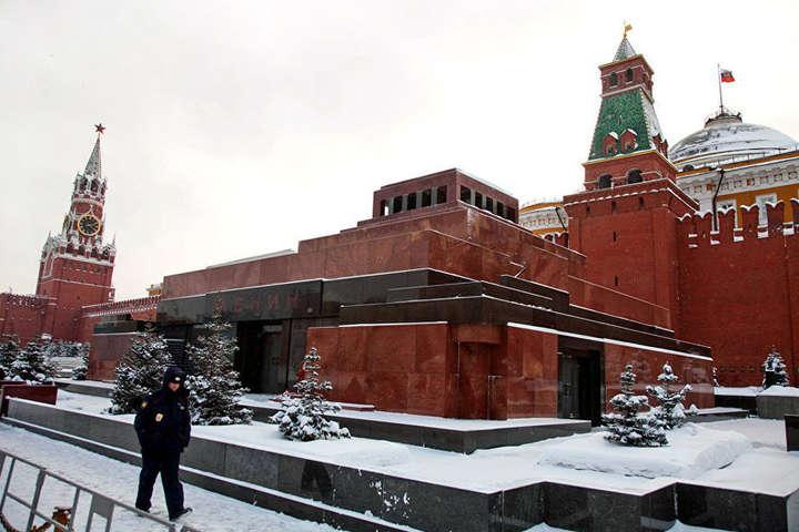 Путін порівняв мумію Леніна змощами святих: опубліковано відео