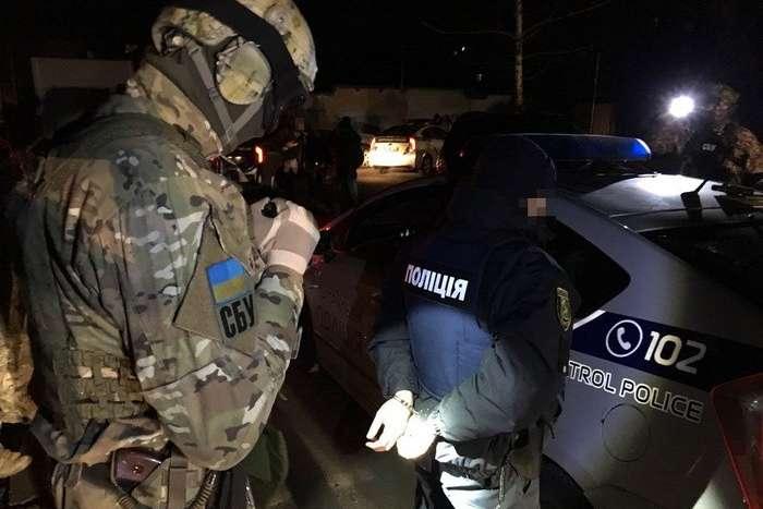 СБУ задержала навзятке полицейского начальника Одесской области
