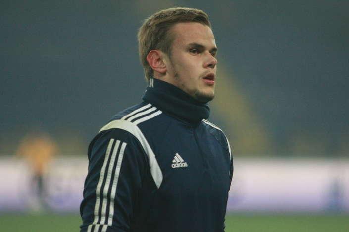 Офіційно: воротар збірної України змінив «Динамо» на іспанський клуб