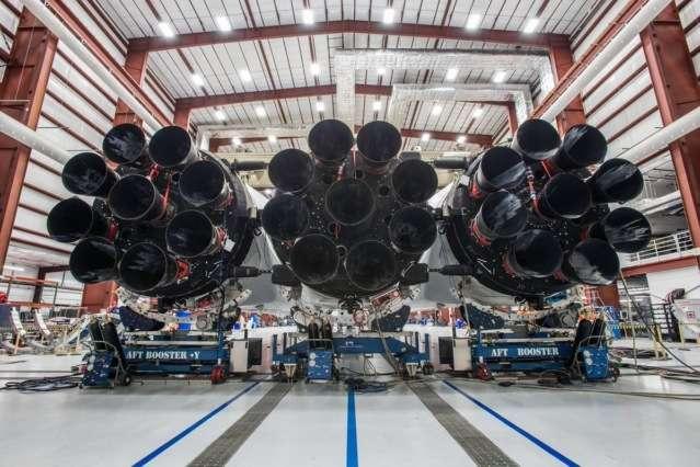 SpaceX не зможе протестувати Falcon Heavy через припинення роботи уряду США