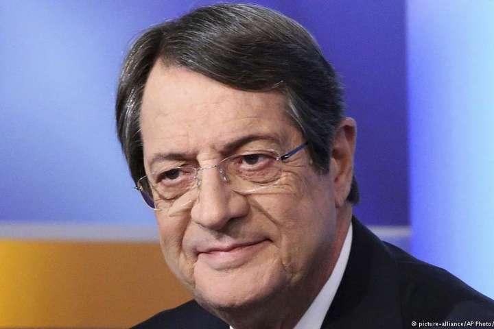 Напрезидентських виборах на Кіпрі лідирує чинний президент,— екзит-поли