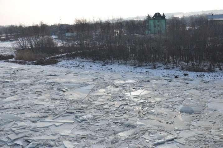 Після великих снігопадів Україні загрожує повінь