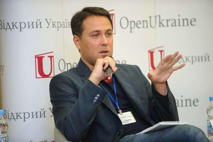 Виконавчий директор Центру дослідження міжнародних відносинМикола Капітоненко — Микола Капітоненко: Розмови про те, що Росія розвалиться, а в нас настане щастя, — поганий шлях