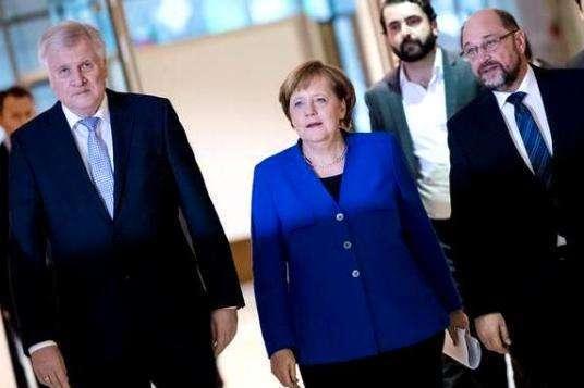 Переговори у Німеччині: блок Меркель таСДПН розподілили міністерства