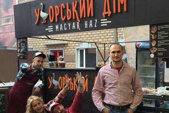 Столичний ресторан відмовився обслужити українською мовою заступника міністра