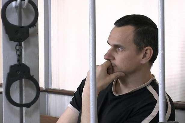 Сенцову дозволили зателефонувати сестрі з російської в'язниці
