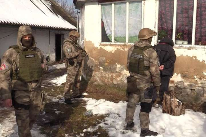 Київські правоохоронці звільнили заручника і затримали його викрадачів