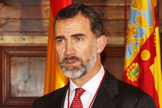 Король Іспанії вперше відвідає Каталонію після референдуму про незалежність