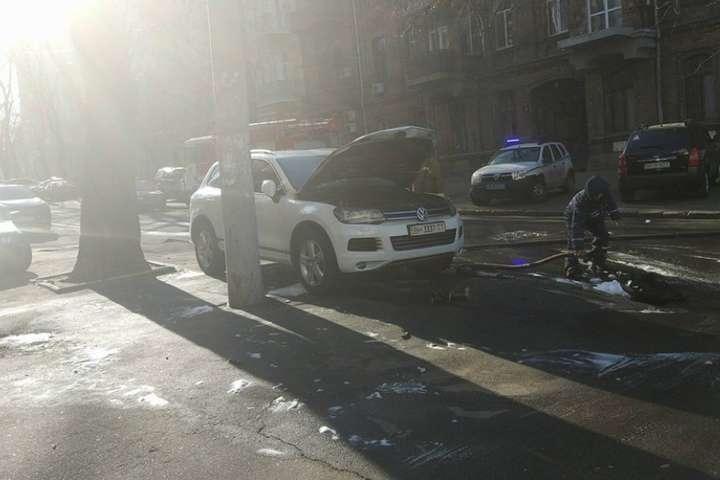 Уцентрі Одеси підпалили автомобіль судді