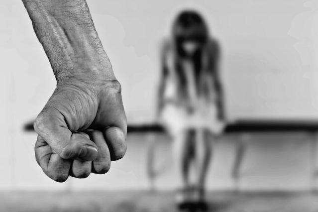 Сексуальне насильство над дітьми. Разюча різниця між офіційними даними та реальністю