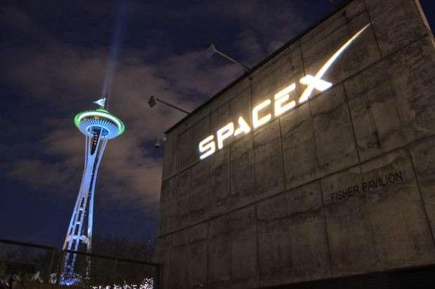 Запуск Falcon 9 з військовим супутником Paz тадвома супутниками SpaceX