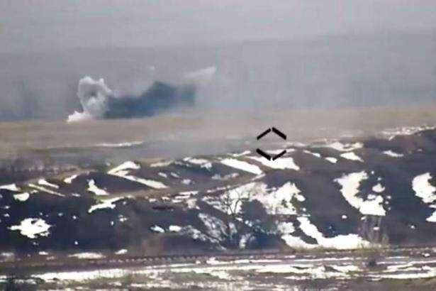 Штаб АТО показав відео знищення БМП противника