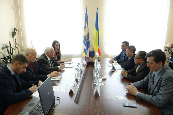 Україна розширює науково-технічну співпрацю з Індонезією