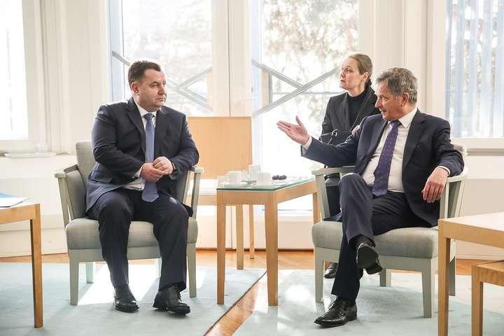 Полторак встретился спрезидентом Финляндии: очем говорили