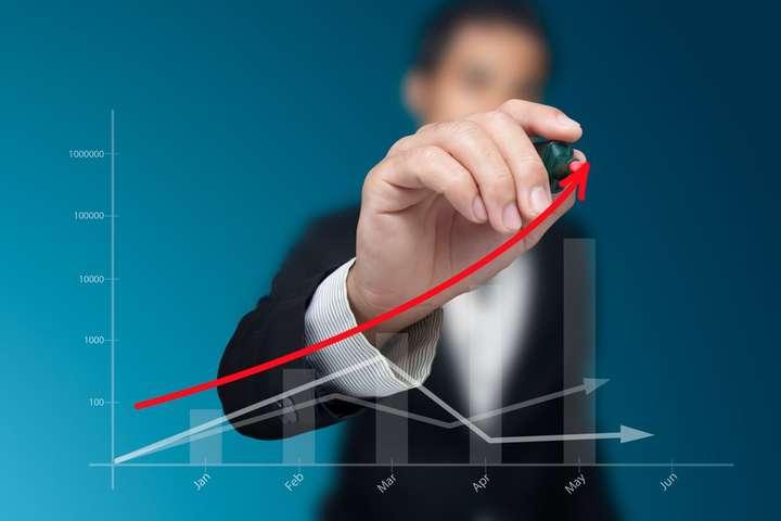 Нацбанк підвищив облікову ставку до17%
