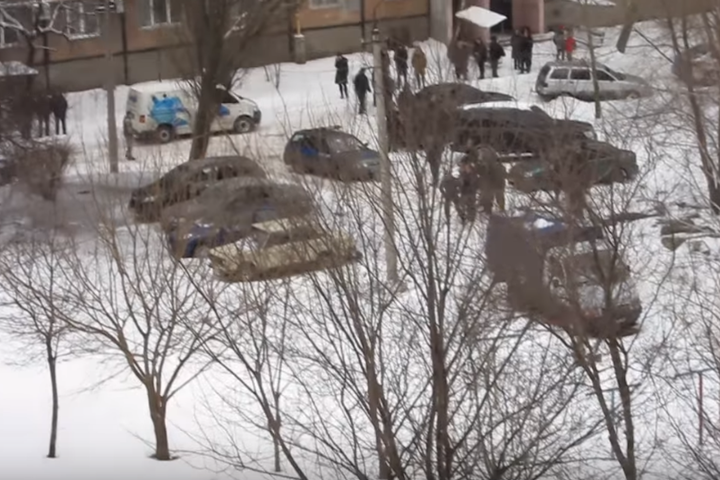 Уцентрі Донецька пролунав потужний вибух, є постраждалі: з'явилося відео