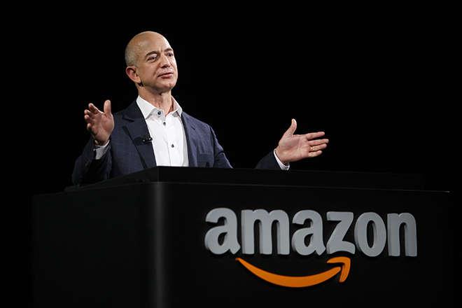 Стало відомо, хто очолив список найбагатших людей світу: рейтинг Forbes