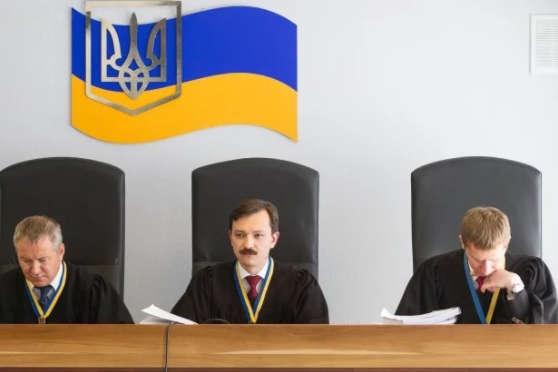 Екс-голова УСБУ Києва відмовився свідчити усправі про держзраду Януковича