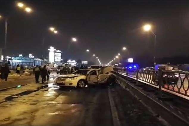УКиєві підірвали дві гранати, є постраждалі