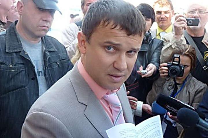 Депутат в самоволці: військова прокуратура порушила справу проти одеського політика