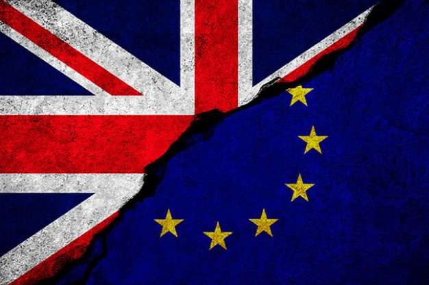 У британському парламенті хочуть перенести Brexit