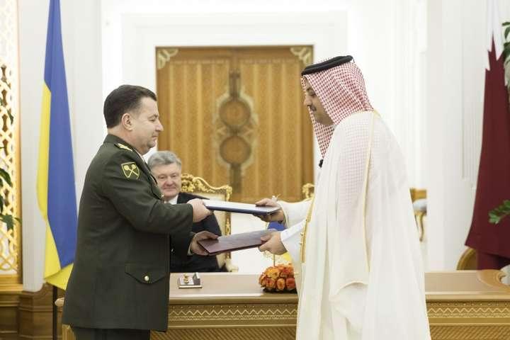 Порошенко проводить зустрічі знайвищим політичним керівництвом Катару