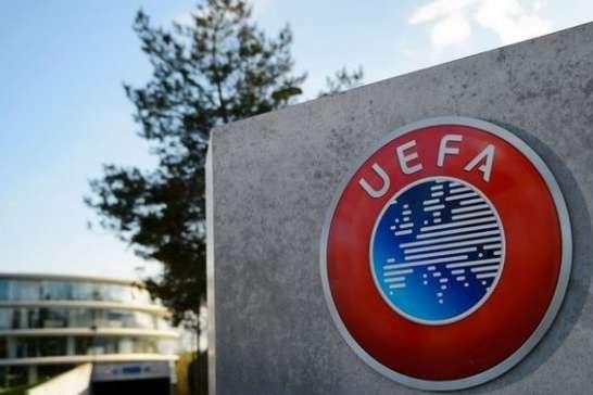 ФФУ вимагає заборонити символіку «Л/ДНР» на міжнародних матчах