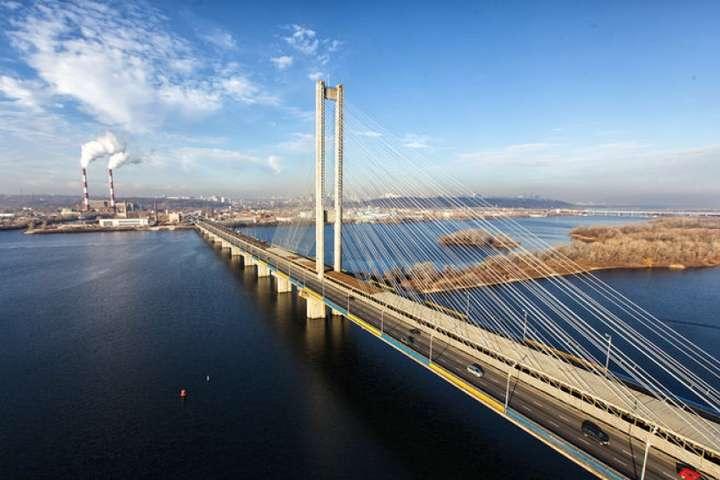 УКиєві наВеликдень обмежать рух Південним мостом