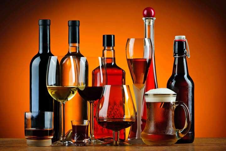 Вчені з'ясували, наскільки алкоголь скорочує життя