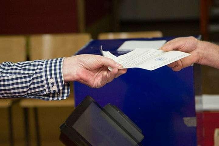 УЧорногорії напрезидентських виборах перемагає прозахідний кандидат